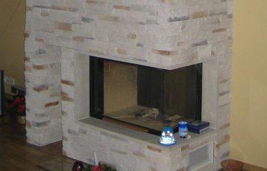 Kamin nurgaklaasiga dekoratiivkivi